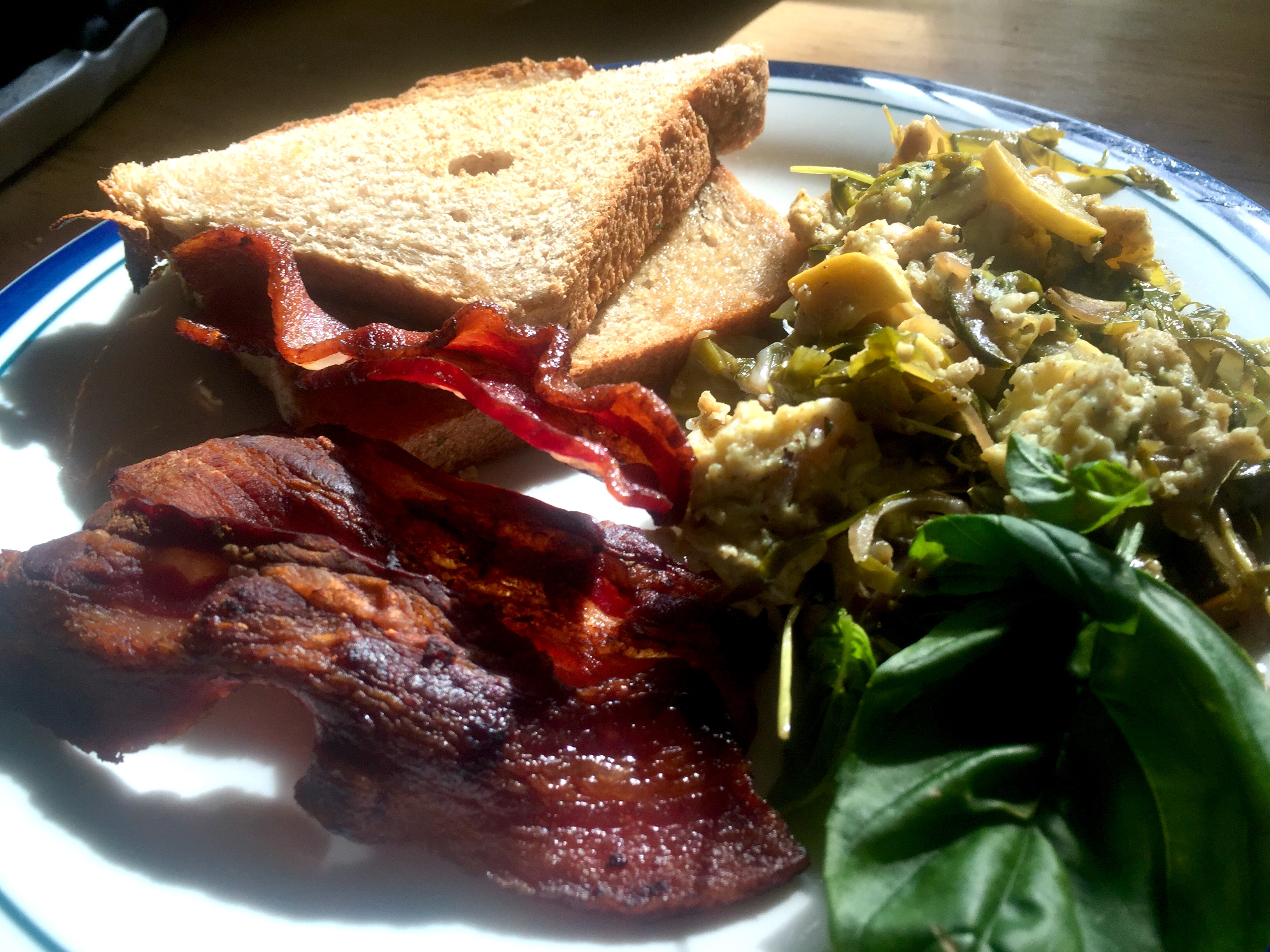 Veggie Scramble, Bacon, Toast