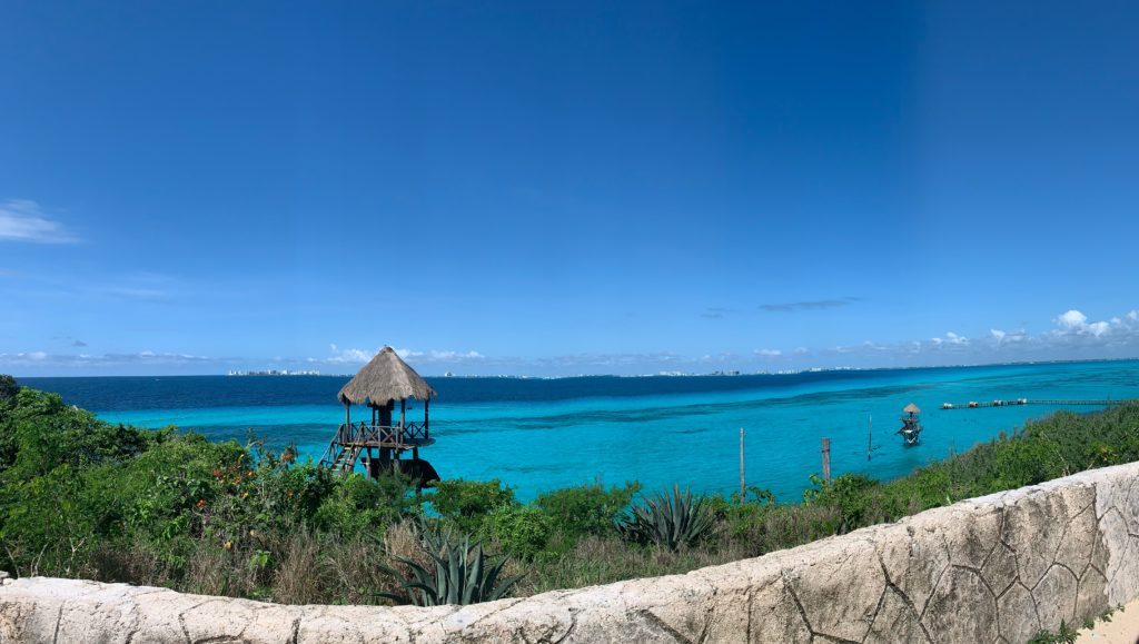 The view of the Caribbean from Isla Mujeres South Point